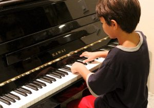 learn piano lessons lane cove with melodic majors